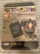 """Digital Photo Album KEYCHAIN *New* 1.4"""" LCD 8MB USB Rechargeable Innovage"""