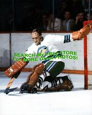 INCREDIBLE Charlie HODGE Fiberglas & LEATHER Mask OAKLAND Seals KICK Save V 8X10
