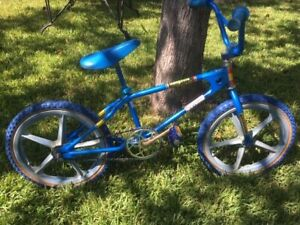 1979 Blue Mongoose Old School BMX motomag hutch gt dg skyway webco