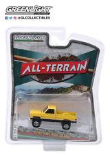 Greenlight 1:64 All Terrain Series 9 1987 GMC High Sierra Colonial Yellow