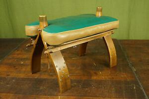 60er Vintage Hocker Sitzhocker Kamelhocker Pouf Leder Ottomane Fußhocker grün
