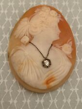 Vs Mine Cut White Diamond Beautiful Large Shell Cameo With .20Ct