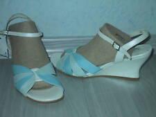 Damenschuh Keilsandalette Sandalette NEU Gr. 40 in blau kombiniertes Nappaleder