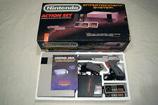 Nintendo NES ACTION SET Console Video Game System NES-001 Complete in Box