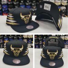 New Mitchell & Ness NBA Black/Gold Stripe Chicago Bulls Adjustable snapback Hat