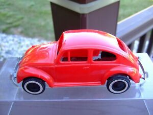 1/25TH Scale 1960`s Volkswagen Bug---NICE---