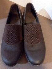 Born women's brown leather slip-on shoes 9.5/40.5