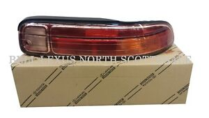 LEXUS OEM FACTORY PASSENGER SIDE REAR TAIL LIGHT 1997-2000 SC300 / SC400