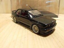 "BMW M3 E30, 1/43, schwarz, Interior burgundrot, 17"" BBS-Felgen, Classic Tuning"