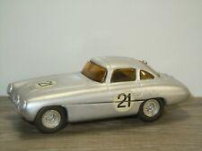 1952 Mercedes 300SL Le Mans - 1:43 - Metal Kit Model *40658