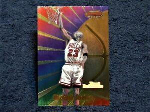 1998 Topps Bowmans Best Performance Offensive Michael Jordan #96, HOF