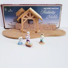 Hallmark Merry Miniatures Nativity Stable Holy Family Mary Joseph Jesus Shepherd