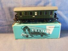 4002 Marklin HO Green Passenger Car