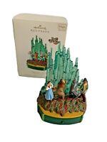 Hallmark Ornament Christmas Wizard Of Oz Optimistic Voices 2011