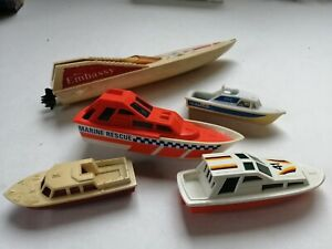 Matchbox Majorette plastic boats ships for part on trailers police rescue