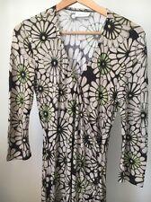 Wallis Size 8 Petite Natural Green Floral Wrap Effect Viscose dress <T11758