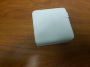 ORIGINAL APPLE 61W USB-C POWER ADAPTER  MRW22LL/A  MODEL A1947