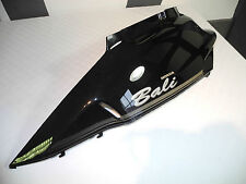 capot / Couvercle latéral arrière gauche cache latérale Honda SJ50 sj100 bali