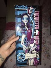 Monster High Spectra Vondergeist Swim Class