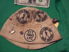 vintage little flower camp hat with archery medals L.F.C.-C.A.A.-C.I.T--1950S60S