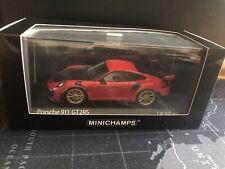 Porsche GT2 RS 991.2 1/43 Minichamps Rosso con cerchi Oro - Limited 300