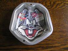 Wilton BUGS BUNNY Face Singles! Mini Cake Treat Pan Mold 2105-1134 w/ Insert