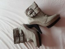 ladies ankle boots size 6