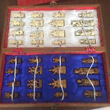 Scacchiera Legno E Pedine Avorio finemente lavorato Origine Cina Vintage
