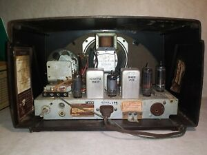 VINTAGE PHILCO TROPIC TRANSITONE RADIO FOR RESTORE OR PARTS