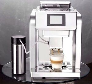 ONE TOUCH ME717 ITALIAN FULY  AUTOMATIC GROUND BEANS TO CUP MACHINE WITH RP£690