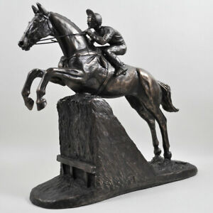 Steeple Chaser Horse Cold Cast Bronze Sculpture / Figurine By Harriet Glen.New