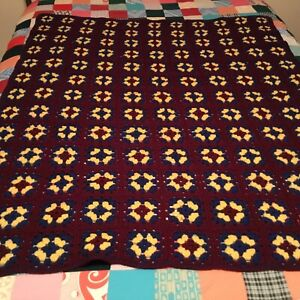 "BEAUTIFUL VINTAGE HAND CROCHETED AFGHAN!  PRETTY FLOWERS  57"" X 44"""