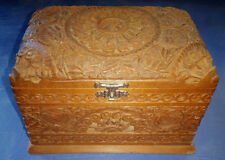 VINTAGE ANTIQUE ORNATE CARVED DESIGN WOOD CIGARETTE BOX STORAGE CASE