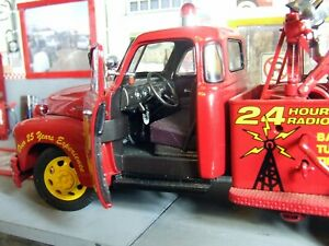 1953 Chevrolet wrecker truck Danbury Mint 1/24 diecast