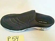 P54 Womens Easy Spirit Size Black Low Heel Shoe Size 9 Wide -  New No Box