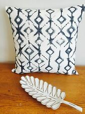 **STUNNING NEW PURE COTTON NAVY BLUE & WHITE IKAT TRIBAL CUSHION COVER 45cm**