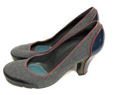 BCBG MAXAZRIA SHOES  Heel Gray Leather Size: 9/39