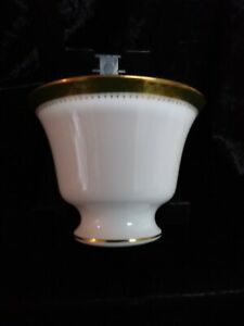 WEDGWOOD  FOOTED OPEN SUGAR BOWL CHESTER PATTERN.
