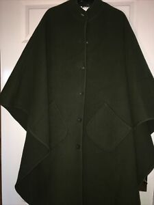 Quality Vintage 1950s/60s DERETA London Green Wool Cape Coat Will Fit All Sizes