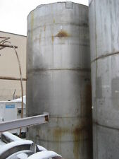 5,300 gallon Stainless Steel Vertical Tank.