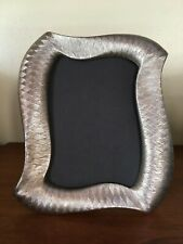 """Terragraphics Metal Textured Silver Color 5""""x7"""" Picture Frame"""