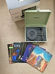 Crosley Cruiser Deluxe 3-Speed Bluetooth Suitcase Turntable Green Vinyl Player