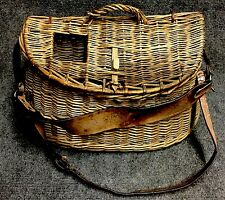 Vintage Antique Fishing Creel Basket Sports Collectible Early Old Wood Primitive