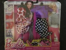 DHB43 Barbie Fashionistas Fashions Complete LOOK 2-pack Paint The Town Poppy
