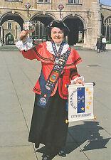 Cambridgeshire Postcard - Mrs C.P. Capewell - Town Crier - Peterborough   AB2597