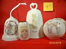Lot Precious Moments - August bell ornaments