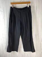 Lululemon Women's Size 6 Black Wide Leg Pleated Crop Length Pants GUC