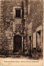 CPA  Port-de-Piles (Vienne) - Maison d'Eléonore d'Aquitaine   (650619)