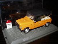 4L13F Voiture 1/43 Universal Hobbies Renault R 4 L Rodeo coursière