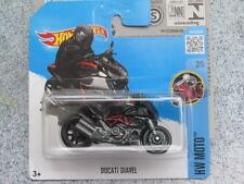 HOT WHEELS 2016 #132/250 Ducati Diavel nero con Red lampeggia caso Q